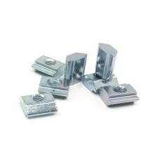 10504 | Сухар пазовий, з завантаженням з торця, виступ 1,5 мм, паз 8 систем. Bosch, М4-М8, 14,7x14,7x5,5мм